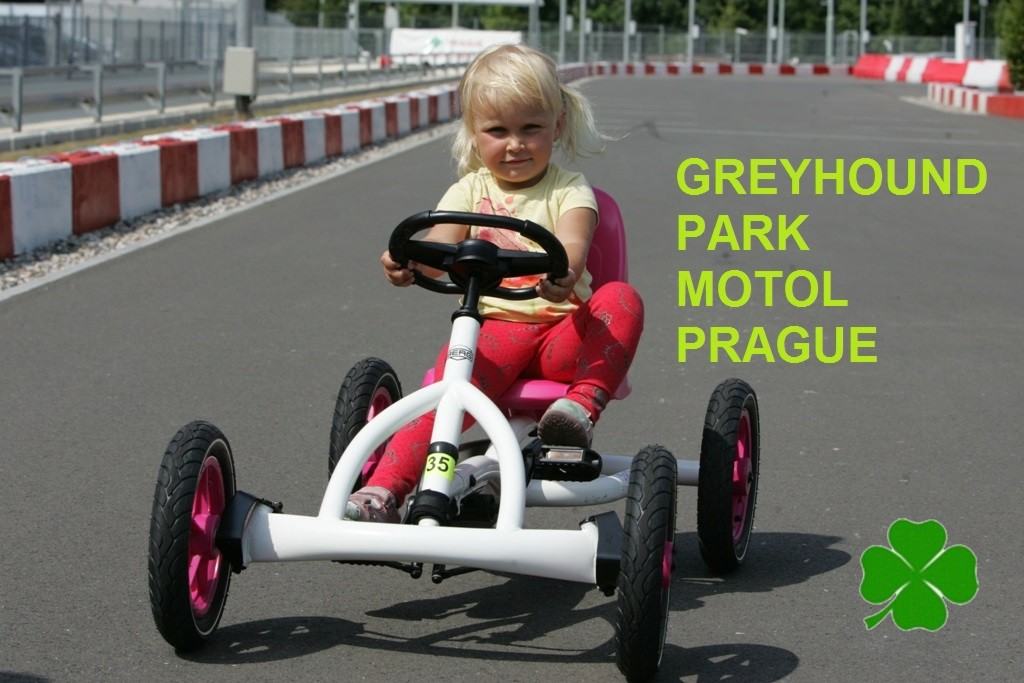 Pedal_Go-Kart_Small_Prague_Greyhound_Park_Motol_NQ1M0009.JPG